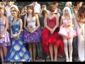 Fashion fail Poorly Dressed Bulgarian Prom OR How Not to Prom