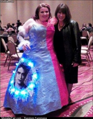 Funny Pics The Twilight Dress