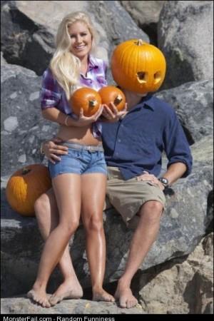 Funny Pics Halloween Couple