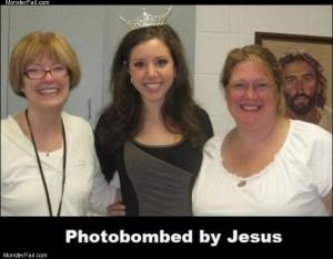 Expert photobomb