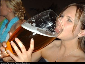 Funny Pics Girls Who Like Beer