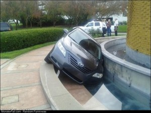 Fail fountain Parking