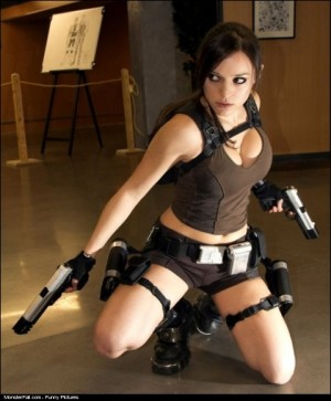 Monster Lara Croft Cosplay WIN