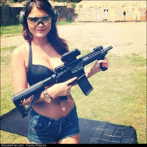 Pics Girls With Guns Pic