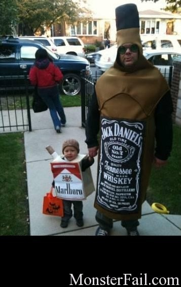 Costume Fail.  Horrible dad.